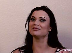 Cámara oculta filmó una mamada en un lesbianas xxx mexicanas baño público