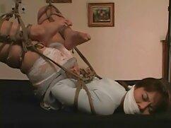 La propia alumna xxx mexicanas 2020 se sube al pene y le hace una mamada de garganta profunda a su amiga