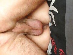 Joven transexual acaricia la polla xxx mexicanas 2020 con las manos y mete los dedos dentro de su culo