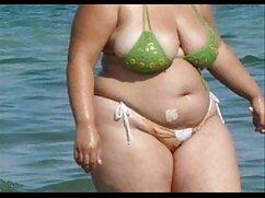 Mujer con grandes peliculas mexicanas xxx tetas abre las piernas