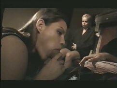 Mamá arregló sexo incestuoso en maduras mexicanas xxx el balcón con su hijastro