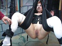 Latina peluda se coloca al estilo perrito y recibe una polla dura en cornudo mexicano xxx la vagina
